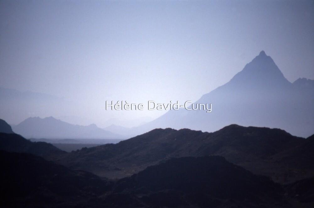 Blue mountain at dawn by Hélène David-Cuny