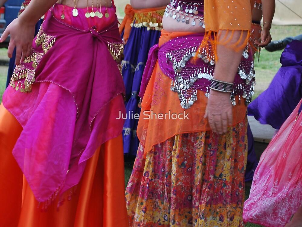 Belly dancers - Ironfest 2009 by Julie Sherlock