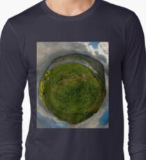 Teelin Bay from Roxborough fort, S. Donegal Long Sleeve T-Shirt
