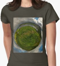 Teelin Bay from Roxborough fort, S. Donegal Women's Fitted T-Shirt