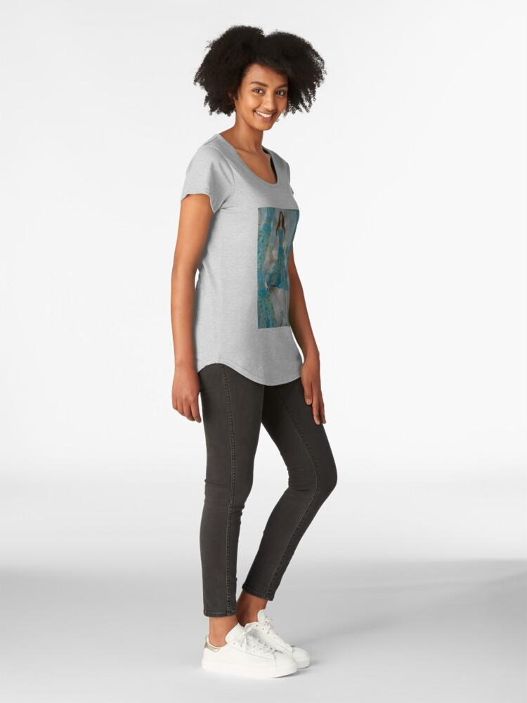 Alternate view of A Pretty Girl Holding Two Pineapples Premium Scoop T-Shirt