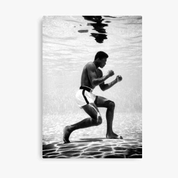 Muhammad Ali Under Water Fighting Position Canvas Print