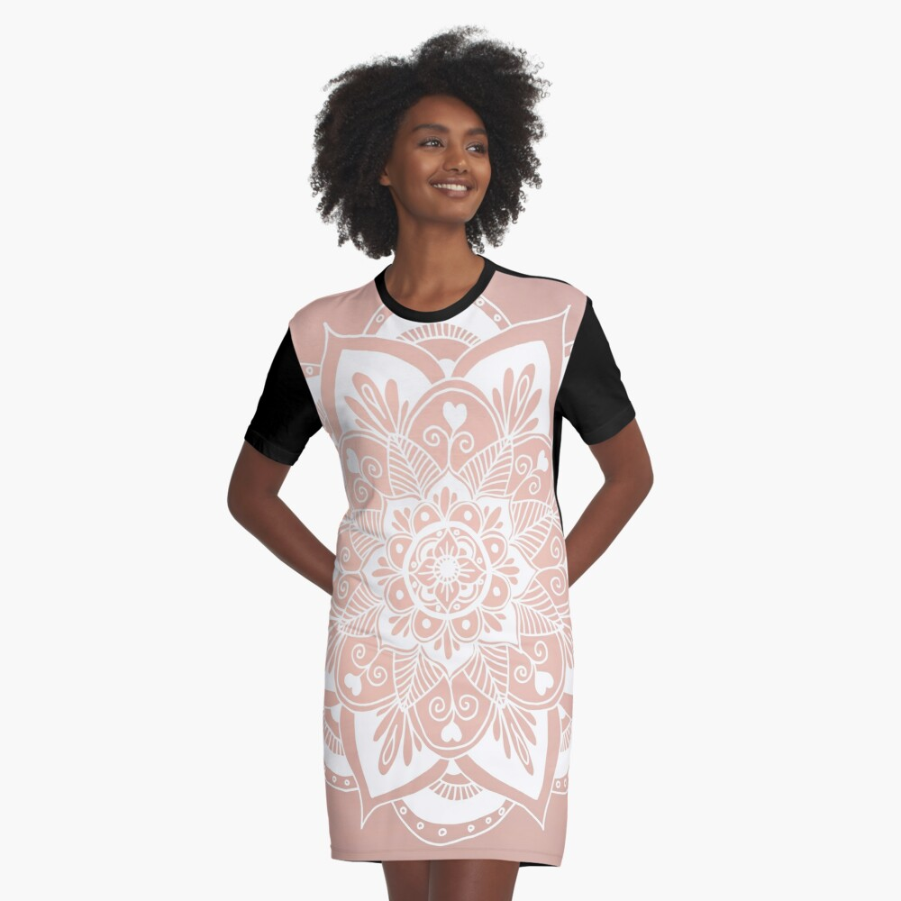 Blumenmandala auf Rosengold T-Shirt Kleid