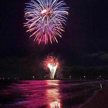 Fireworks Over the Beach by itchy