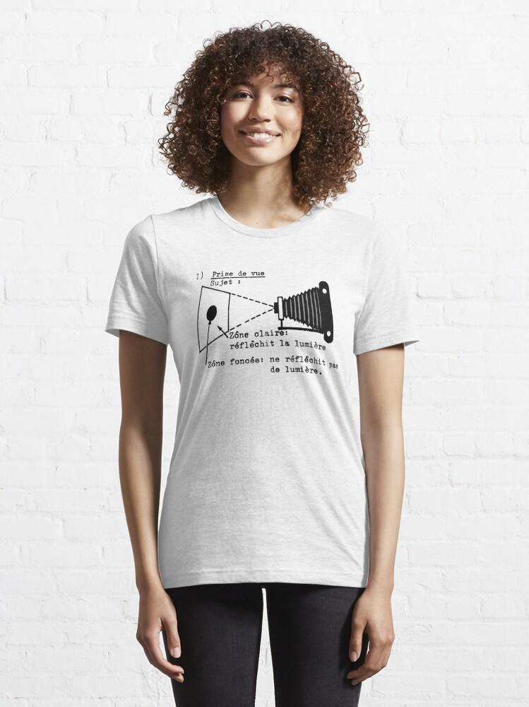 Alternate view of la prise de vue Essential T-Shirt