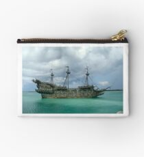 Ship wrecked Studio Pouch