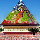 Pyramid by jackitec