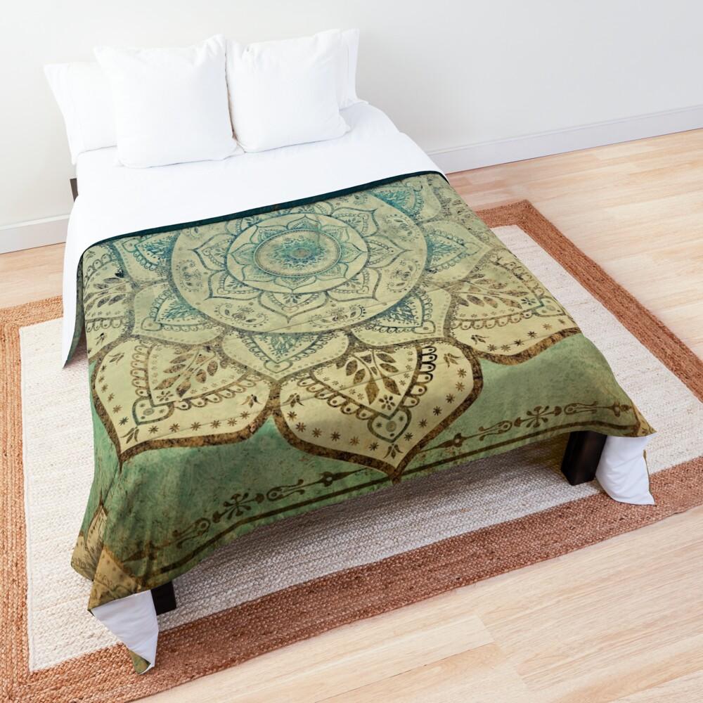 Faded Indian Mandala / Vintage Meditation Mandala Comforter