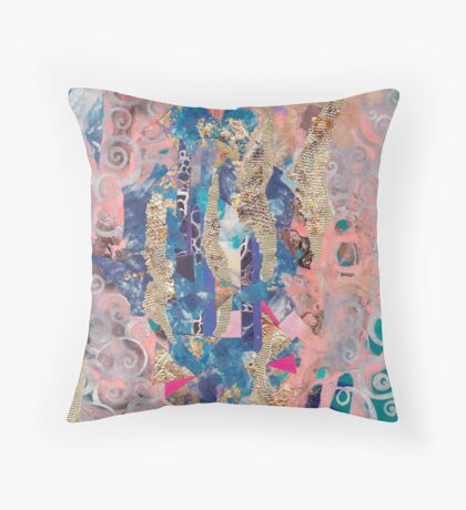 Pink stain on copper rust Throw Pillow