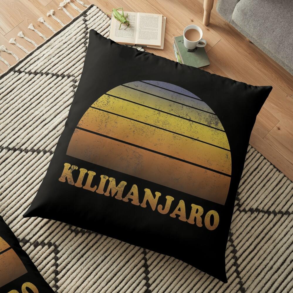 Vintage Kilimanjaro Sonnenuntergang Shirt Bodenkissen