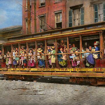 Streetcar - Fresh air outing 1913 by mikesavad