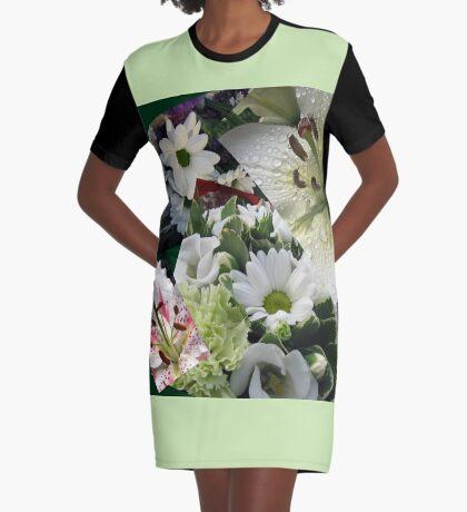 Weiße Freude - Floral Collage T-Shirt Kleid