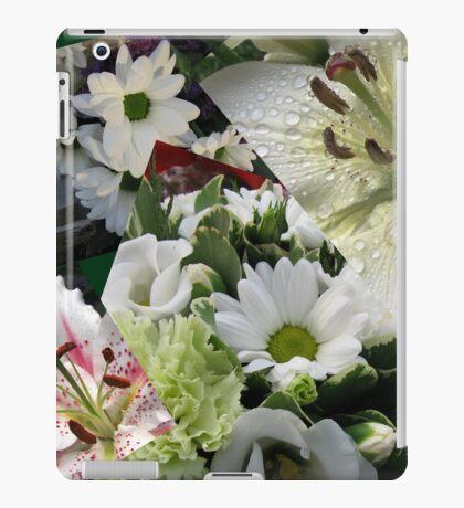 Weiße Freude - Floral Collage iPad-Hülle & Klebefolie