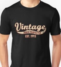 1993 Birthday Gift Vintage Est 25th Birthday 25 Yrs Old B-day Present Unisex T-Shirt