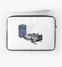 Back to the Whoture Laptop Sleeve