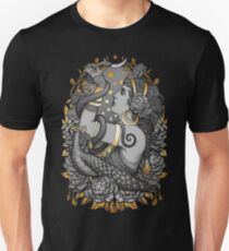 Tribal Belly Dancer Witch Slim Fit T-Shirt