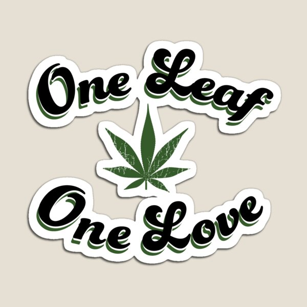 One Leaf One Love Magnet