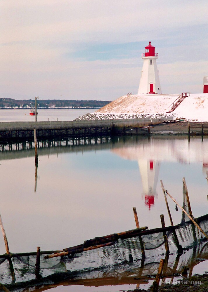 Mulholland Lighthouse by Alana Ranney