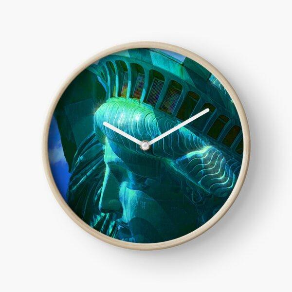 Statue of Liberty Head in The Sun Clock