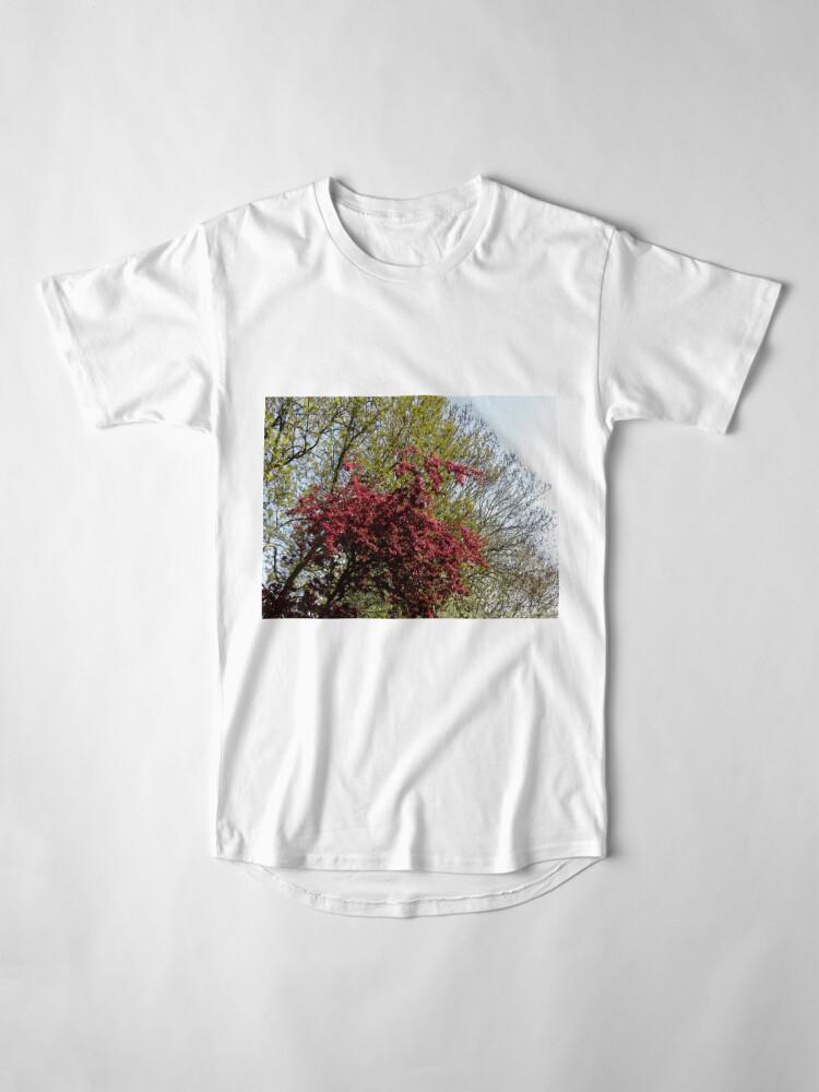Alternative Ansicht von Baum mit roten Blüten Longshirt