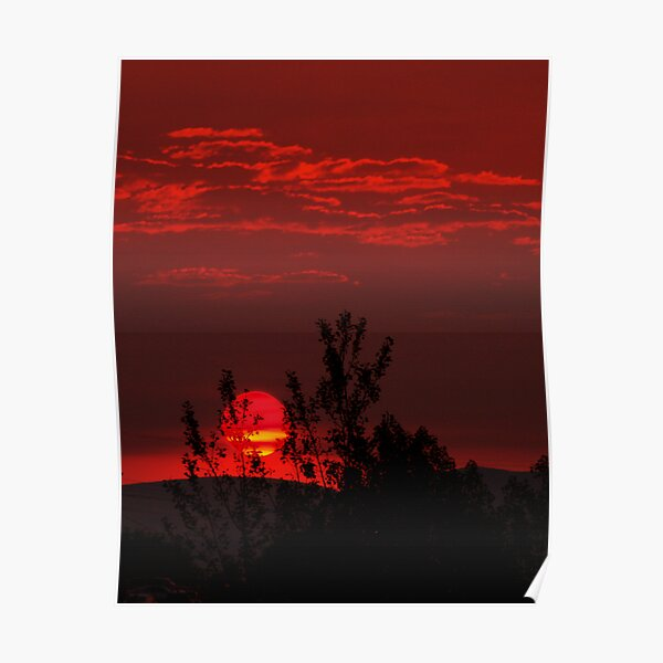Smokey Dawn I Poster