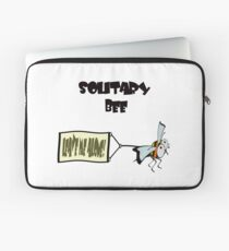"Solitary bee says ""Leave me alone"" Laptop Sleeve"