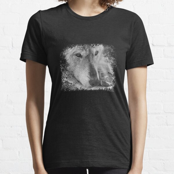 Wolf eyes Essential T-Shirt