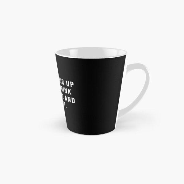 Mettez vos cheveux dans un petit pain, buvez du café et manipulez-le. Mug long