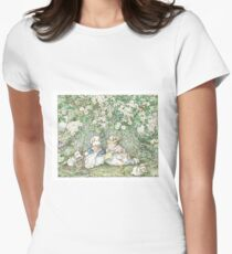 Brambly Hedge - Hawthorn blossom and babies Women's Fitted T-Shirt