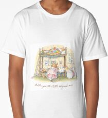 Lady Woodmouse gets the little mice into bed Long T-Shirt