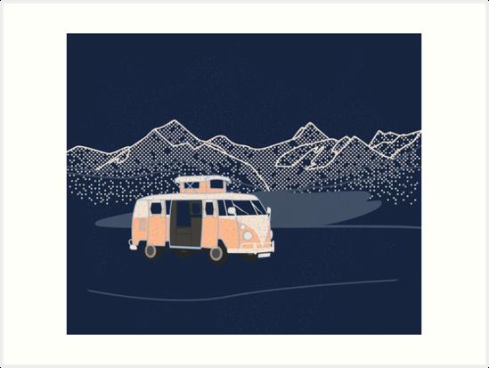 Campervan mit See und Bergen von fundog