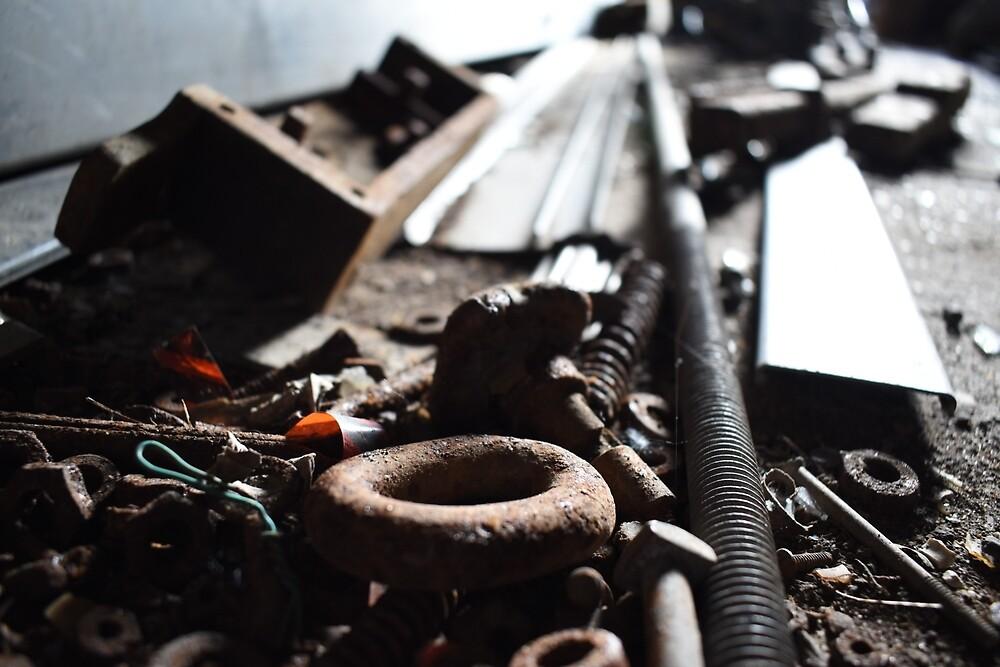 Abandoned Workshop Floor by LittleMessyJess