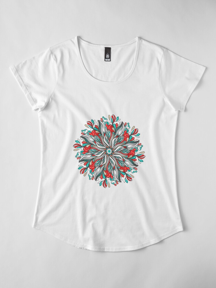 Vista alternativa de Camiseta premium de cuello ancho Mandala Flowers