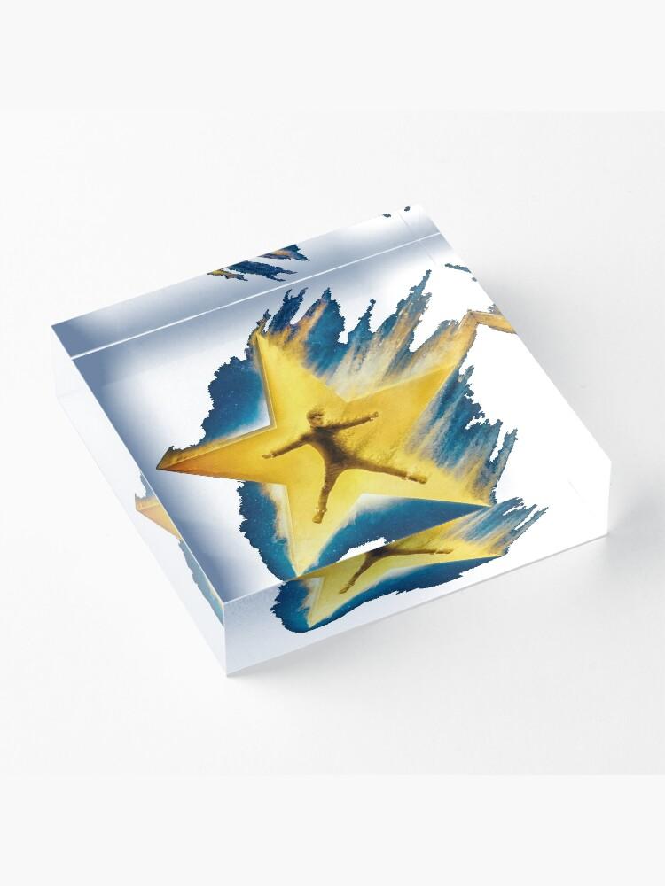 Alternative Ansicht von Bazzi-kosmisch Acrylblock