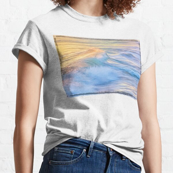 Waves In Motion, Quinns Rocks, Perth Classic T-Shirt