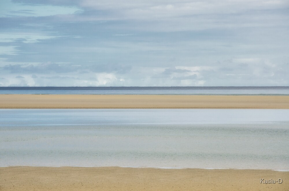Sand and Sea by Kasia-D