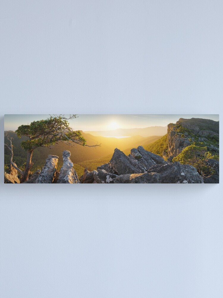 Alternate view of Morning finds Mt Rosea, Grampians, Victoria, Australia Canvas Print
