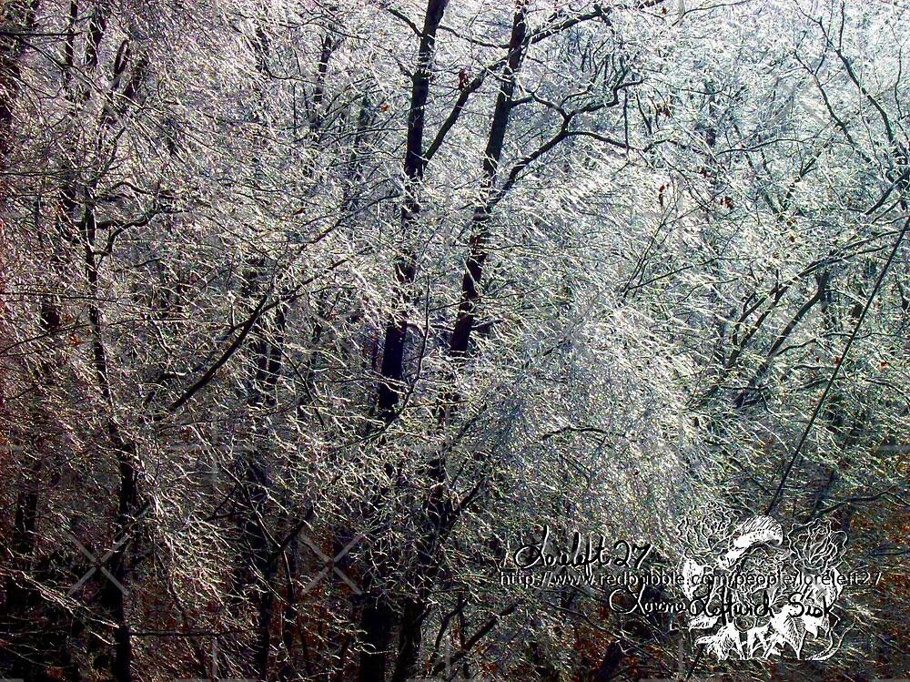 icy wonders by LoreLeft27