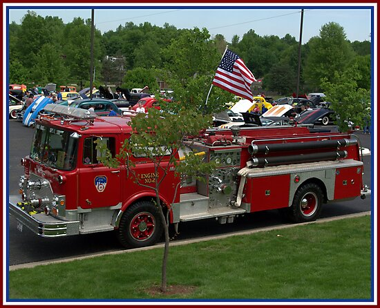 "1971 Mack Fire Truck Pumper ""Never Forget"" 9-11 Tribute Fire Truck by TeeMack"