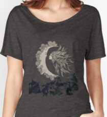kiss the moon  Women's Relaxed Fit T-Shirt