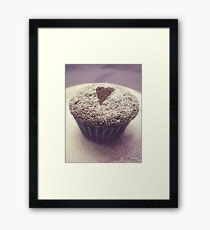 I heart cupcakes Framed Print
