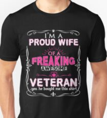 Veterans Wife Gifts in Mothers Day Valentine Birthday Veterans Day Memorial Day Unisex T-Shirt