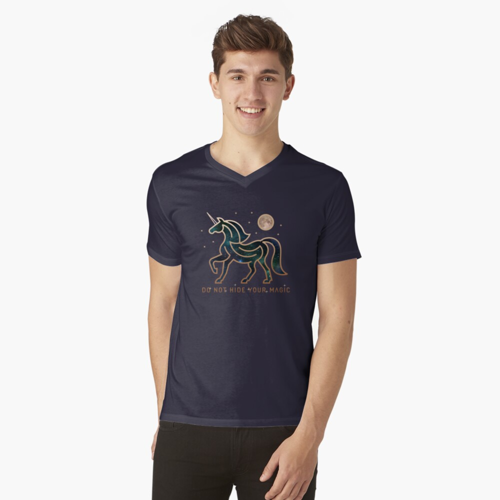 No ocultes tu magia - Unicornio galáctico Camiseta de cuello en V