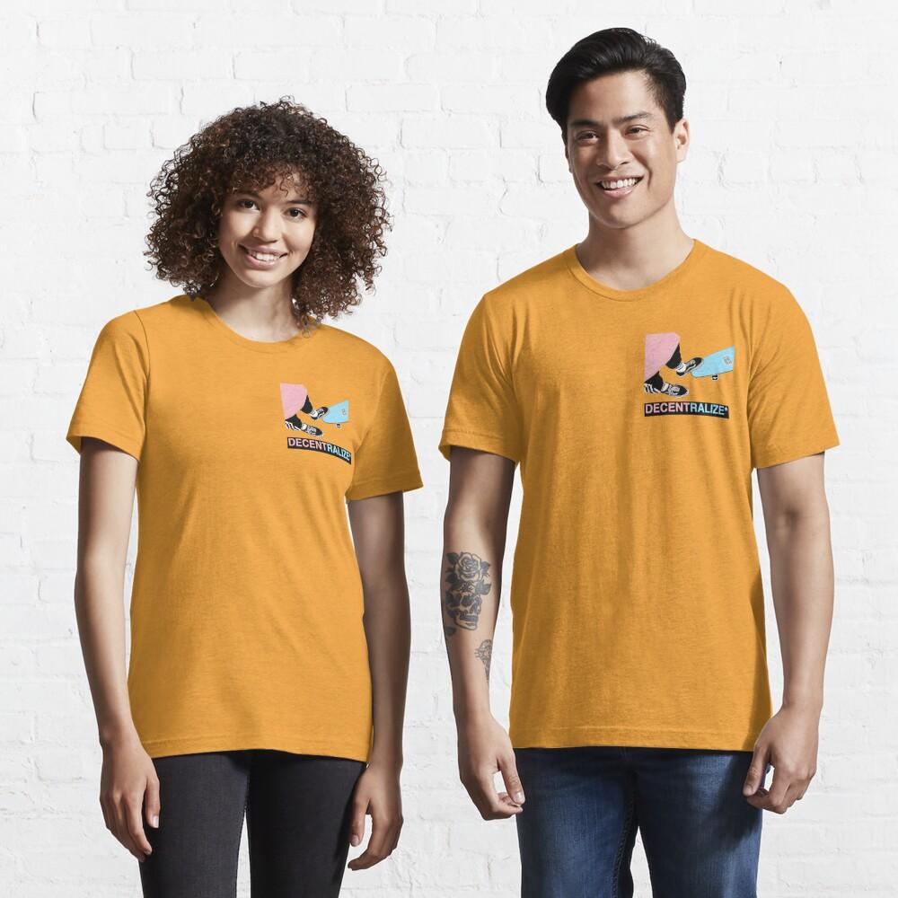 SkatE Label , decentralize *  Essential T-Shirt