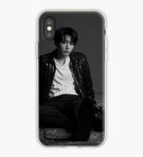 Vinilo o funda para iPhone BTS Jungkook