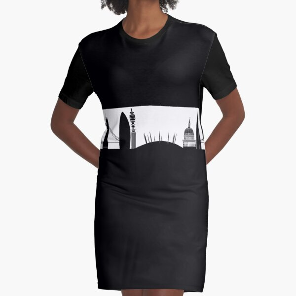 London Skyline! 01. Black + White Graphic T-Shirt Dress