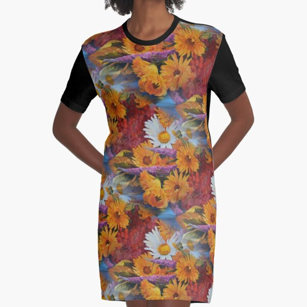 From With a Kiss from the sun Graphic T-Shirt Dress