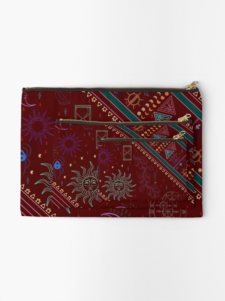 Alternate view of pyramid Zipper Pouch