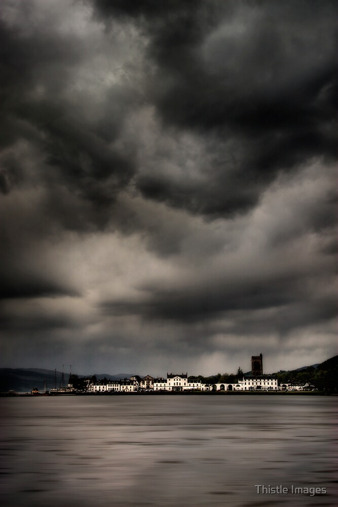 Inveraray Light by Thistle Images