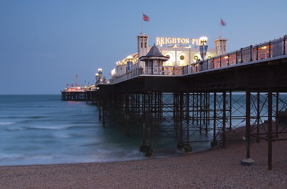 Sunset in Brighton 2 by ludek